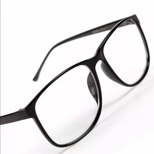 Accessories - Black nerd glasses